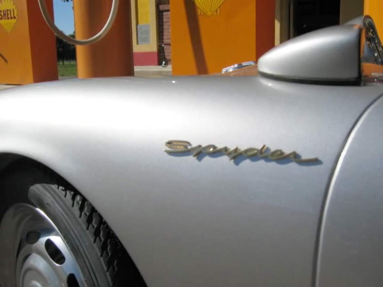 Porsche Spyder 550 Promo-video